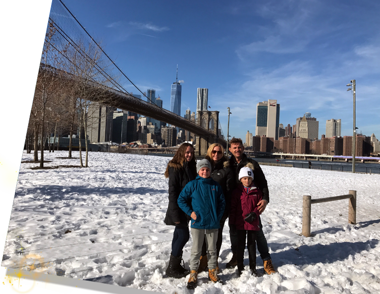 New York Tours - family by bridge